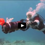 Vidéo du Père Noël en plongée