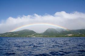 Magnifique arc-en-ciel avec vue sur Basse-Terre
