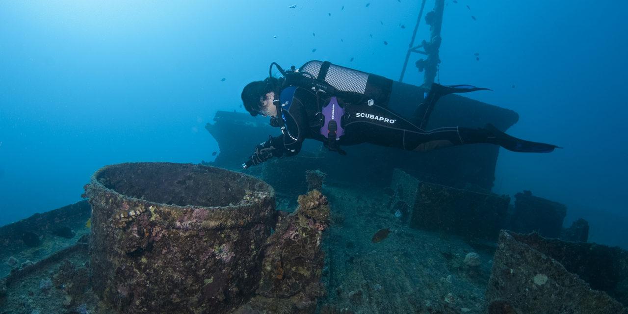 Dans Plongeurs International 147. Maurice.